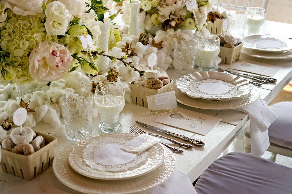White wedding Banquet Table With Milk & Doughnuts